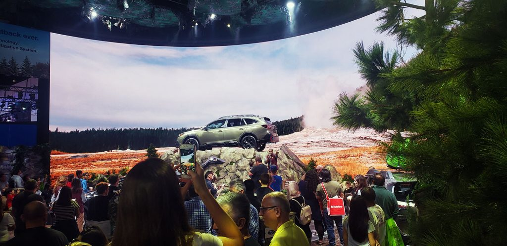 Subaru's huge curved video wall with impressive outdoor graphics
